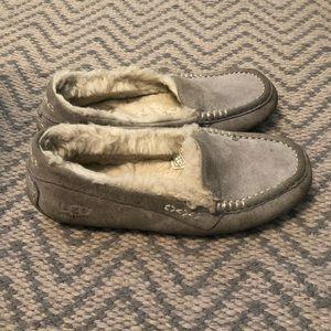 553af9f0ab0 UGG Slippers for Women   Poshmark